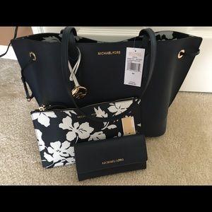 Michael Kors Trista + Wallet